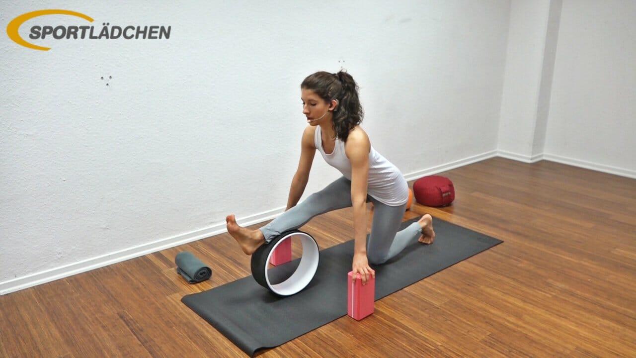 Yoga Wheel Übungen Das Yogarad Im Praxiseinsatz