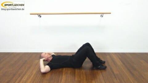 crunches-seitlich-mit-knee-lift-2