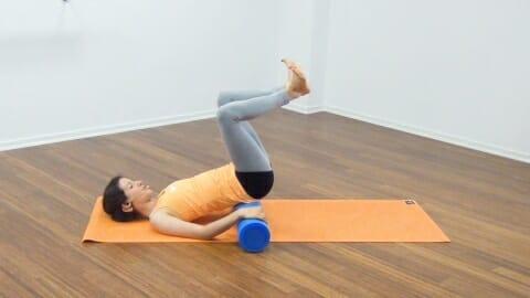 Bauchmuskeltraining mit der Pilates Rolle 19