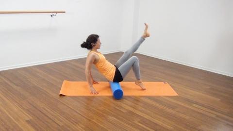 Bauchmuskeltraining mit der Pilates Rolle 8