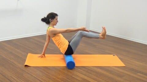 Bauchmuskeltraining mit der Pilates Rolle 13