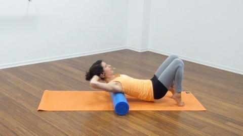Bauchmuskeltraining mit der Pilates Rolle 14