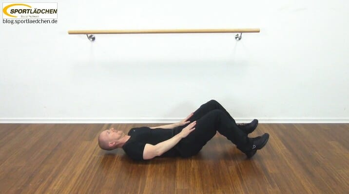 bauchmuskeltraining zu hause. Black Bedroom Furniture Sets. Home Design Ideas
