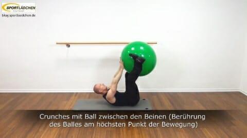 Crunches mit Ballberuehrung 6b