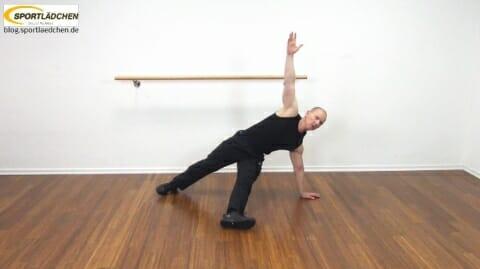 core-trainingseitstuetz-unteres-bein-ausgestreckt-mit-rotation-3