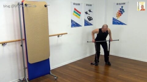 elastiband-vorgebeugtes-rudern-2