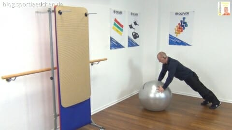 Gymnastikball Übungen Stuetz Option Push up 1