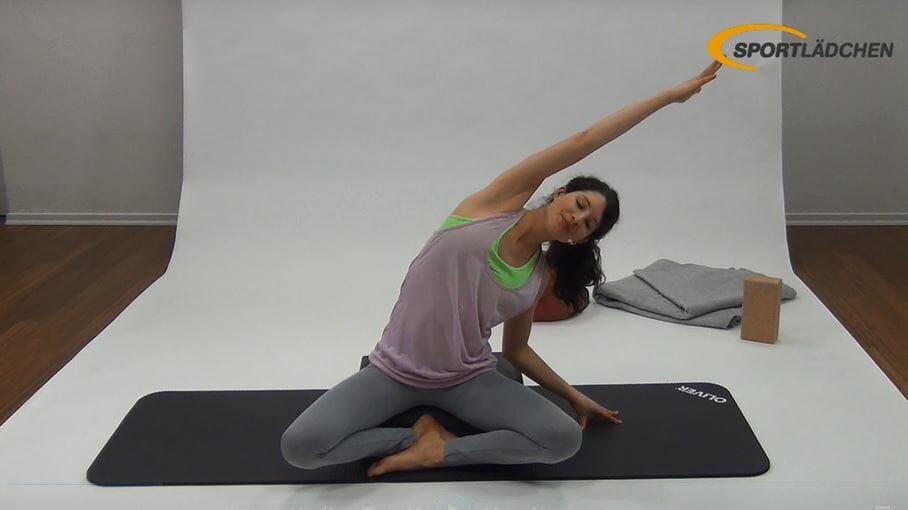 yoga bungen schwerpunkt r cken mit dem yoga padfitness blog sportl dchen. Black Bedroom Furniture Sets. Home Design Ideas