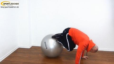 Gymnastikball Uebungen - Reverse Crunch