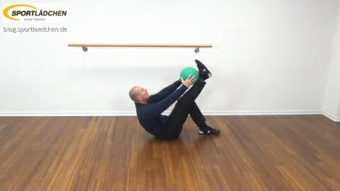 medizinball-core-fitness-ball-zum-schienbein-2