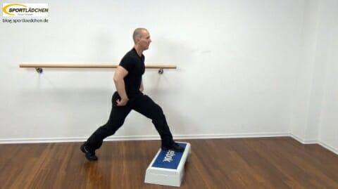 oberschenkel-uebungen-kombi-mit-step-7