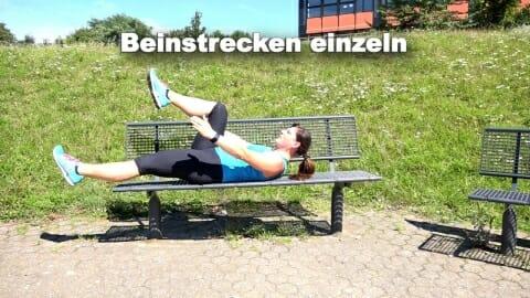 Parkbank Workout Beinstrecken einzeln 2