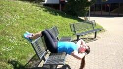 Parkbank Workout Crunches A 1