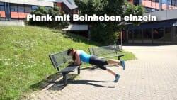 Parkbank Workout Plank mit Beinheben einzeln 2
