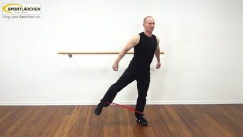rubberband-squat-mit-side-leg-lift-2