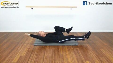 Sixpack Uebungen Arme und Beine asymmetrisch bewegen 1b.JPG