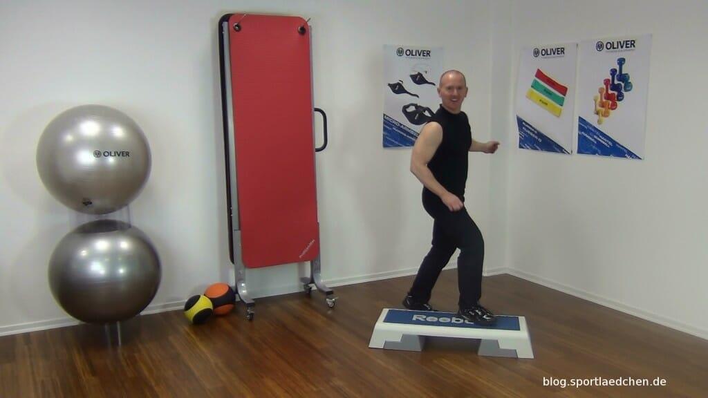 Typischer Step Aerobic Schritt Bild 4
