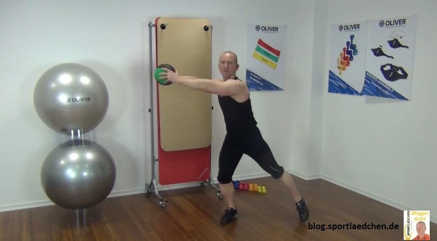 Medizinball Übungen Lunges 2