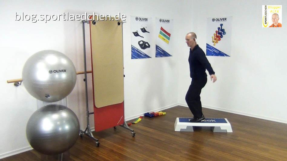Step Aerobic Cha-Cha-schnell