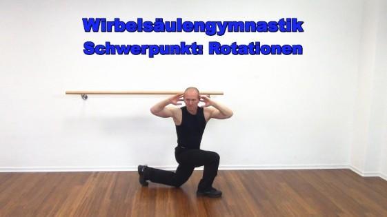 Wirbelsäulengymnastik Workout mit Rotation
