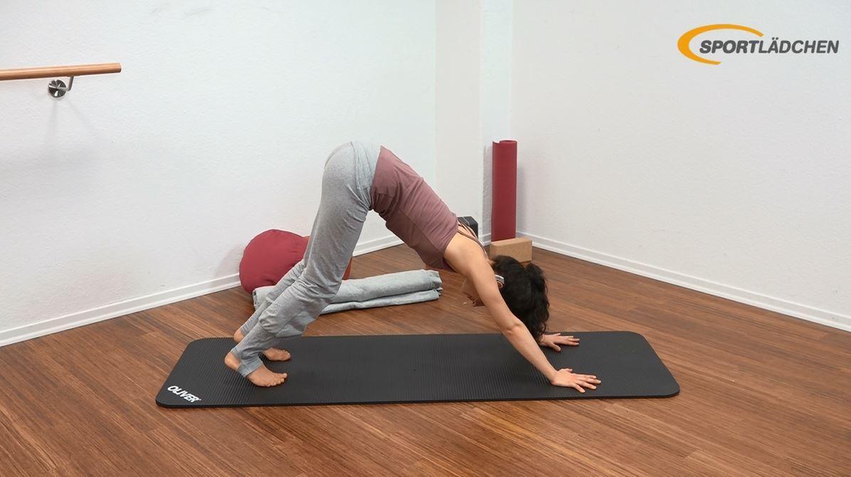 Yoga für den Bauch Anfänger - Ausklang - Herabschauender Hund