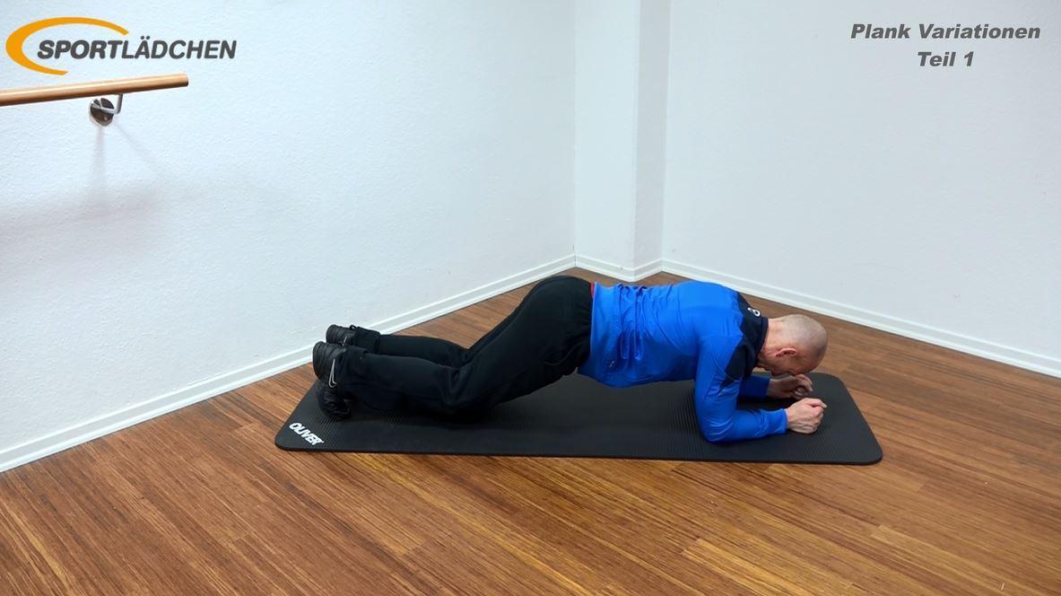 Plank Übung - Beide Knie knapp über dem Boden halten