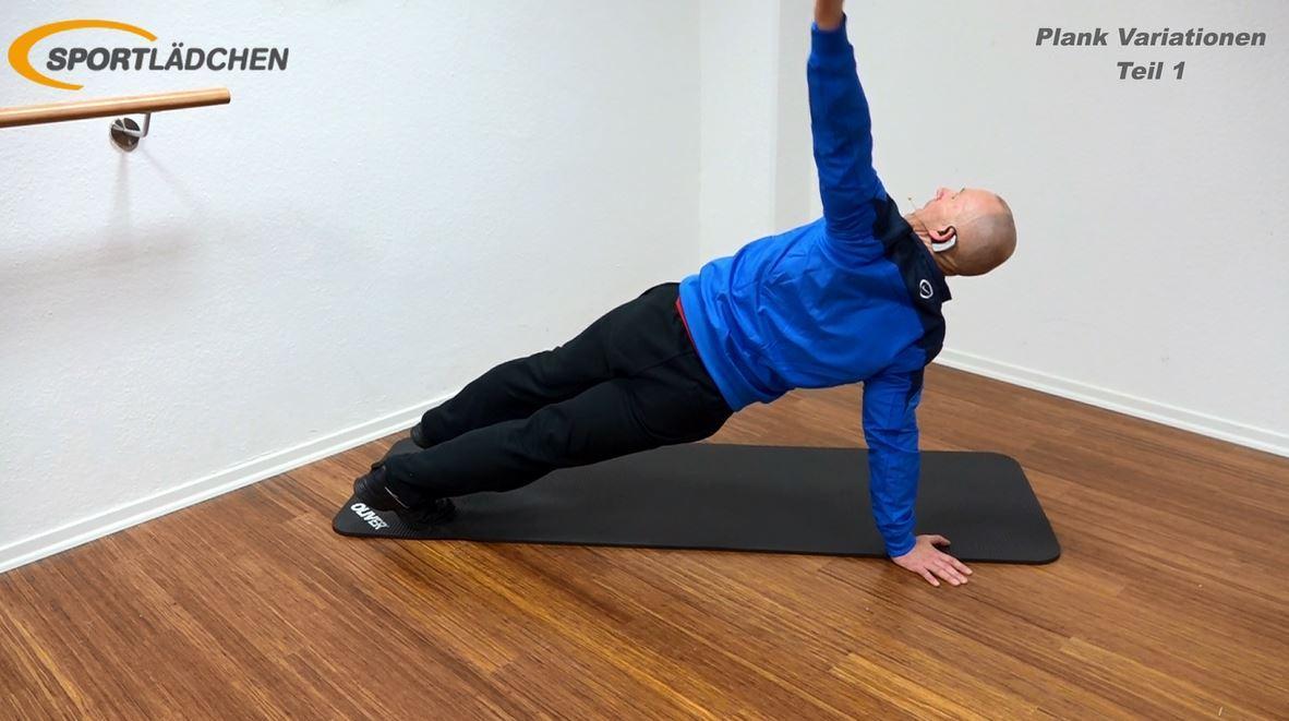 Plank Übung Rotation in der Liegestützposition Ende