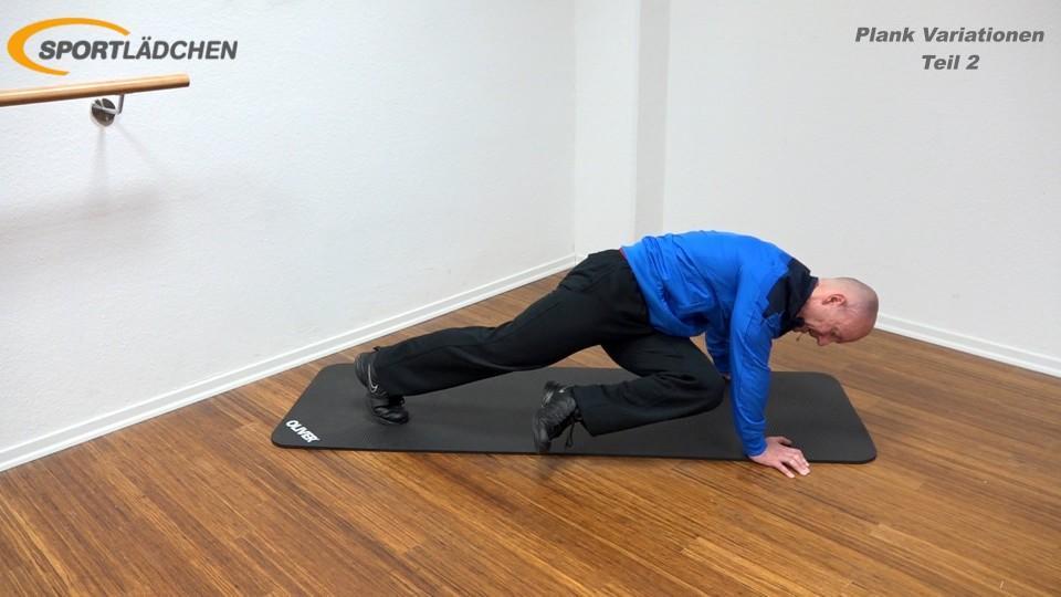 Plank Übung effektiv Bergsteiger Knie nach innen ziehen 2