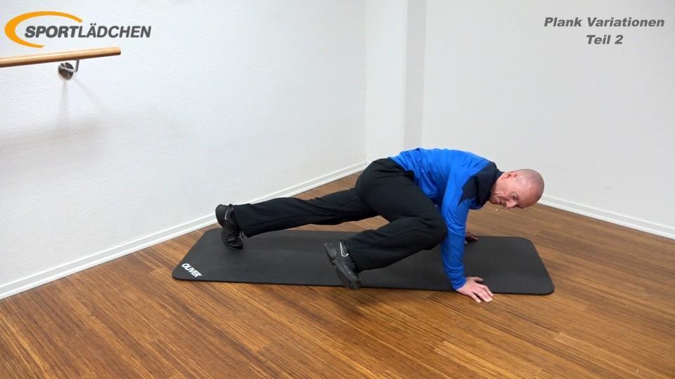 Plank Übung effektiv Bergsteiger rechtes Knie nach aussen ziehen (Caterpillar Plank)