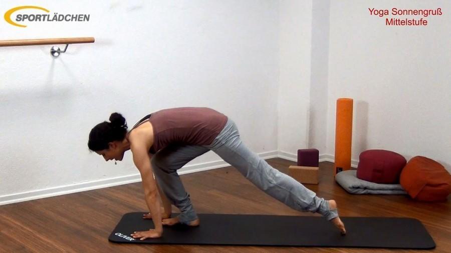 Yoga Sonnengruß Mittelstufe Bild 9