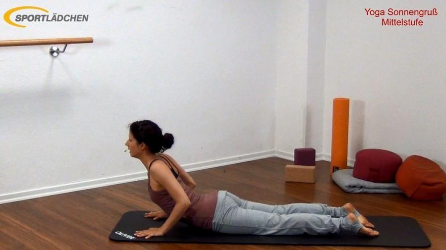 Yoga Sonnengruß Mittelstufe Bild 7