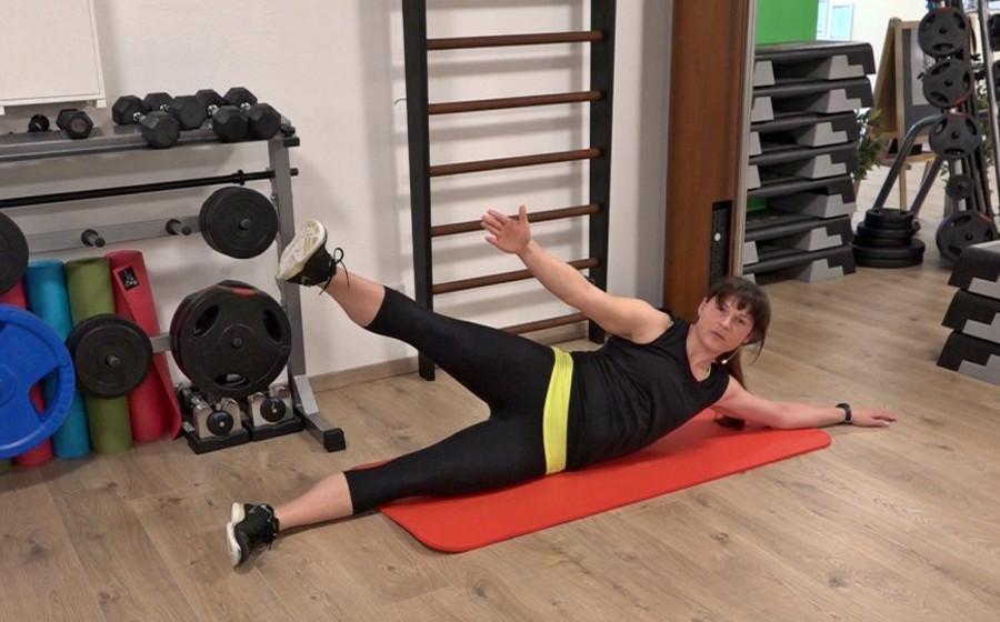 Bauchmuskeln trainieren: Effektives Komplettprogramm mit Sabine Kunze