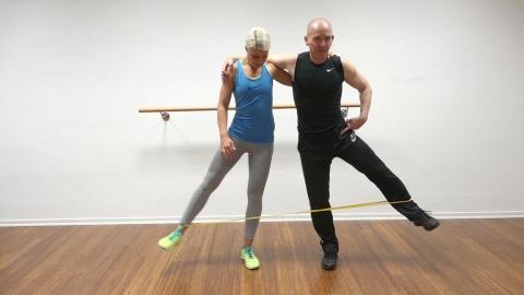 training-mit-dem-oliver-rubber-o-rubberband-4b