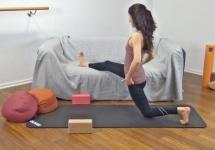 livingroom-yoga15