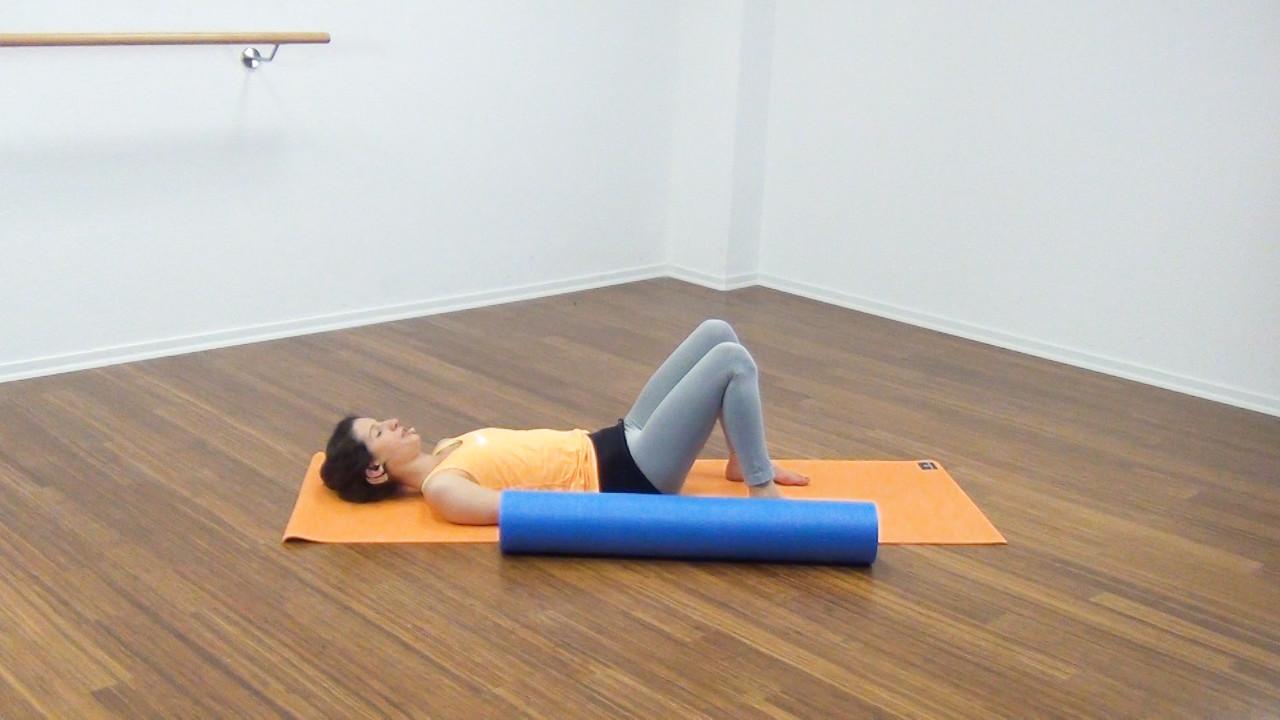 Bauchmuskeltraining mit der Pilates Rolle Bild 27