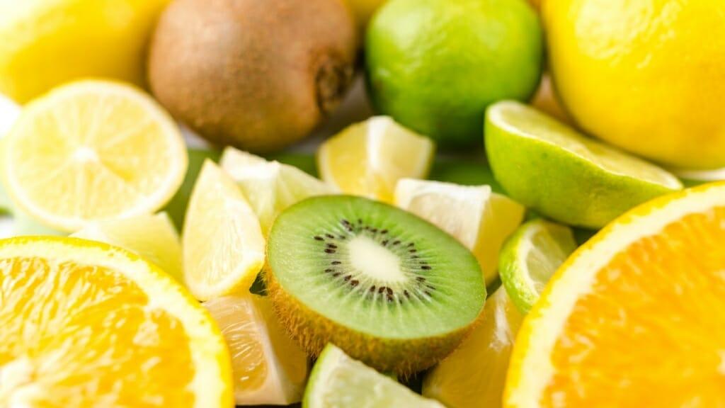 Orangen, Zitronen und Kiwis: Echte Vitamin C Bomben!