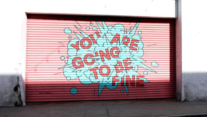 Fitness Vorsätze: Bist du noch dran? Wand mit der Graffiti Aufschrift: