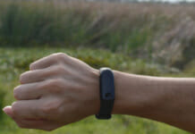 Fitness Tracker am Handgelenk