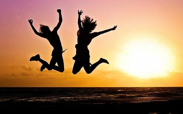 Typisch Fitness Lifestyle: Menschen die aktiv ihre Freizeit erleben