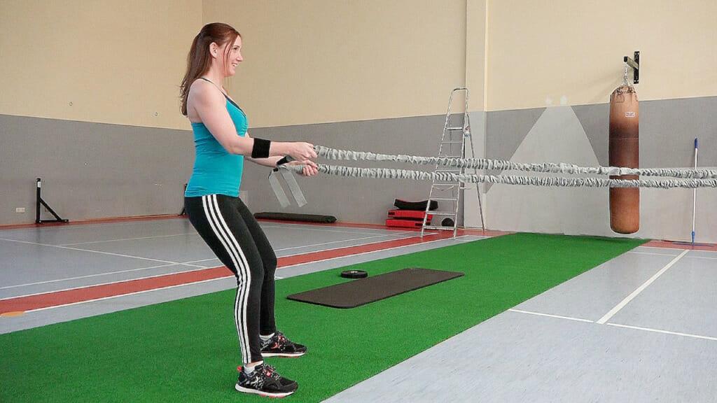 Jenny beim Training mit dem Resistance Rope